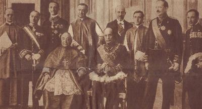 Участники подписания Латеранских соглашений. В центре - Кардинал Гаспарри и премьер-министр Муссолини.