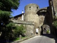 Сутри. Porta Romana.