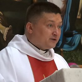 Монс. Анджей Юзвович